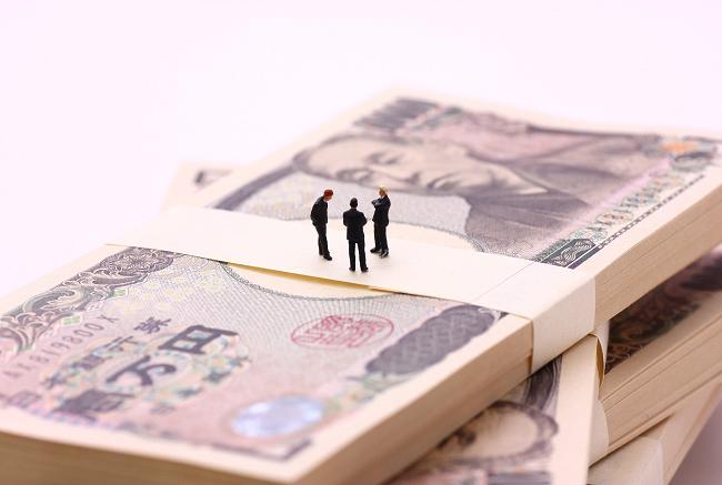 消費者金融と貸金業法~借り入れは諸刃の剣