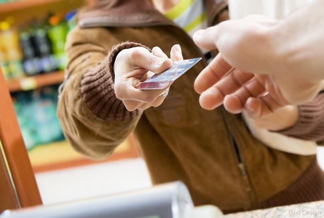 ポイント活用術で家計の節約